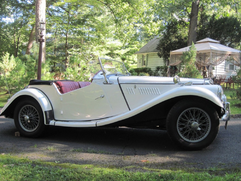 1954 MG _ profile